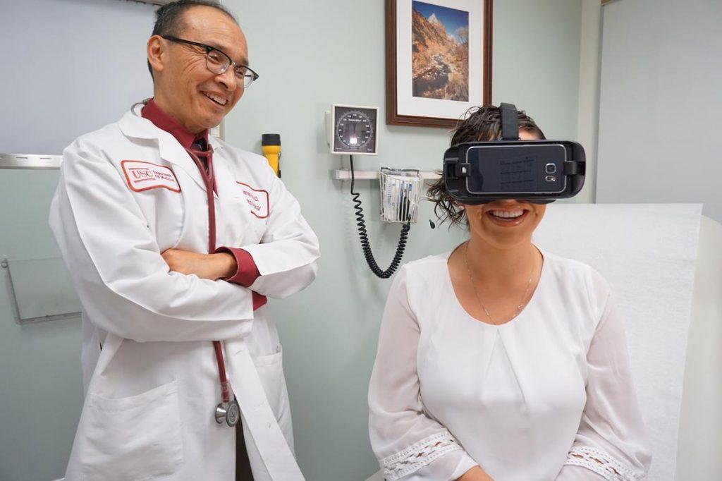 Samsung Gear VR использует в здравоохранении