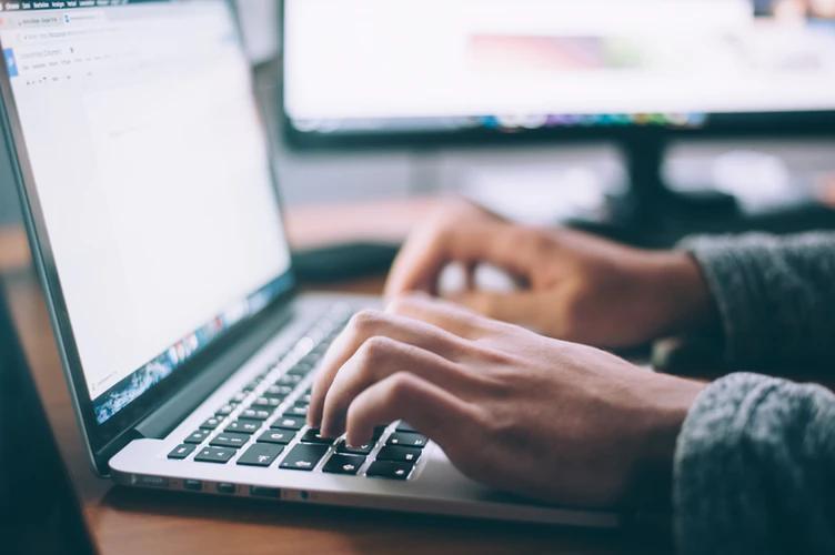 Заработай с WordPress через рекламные посты