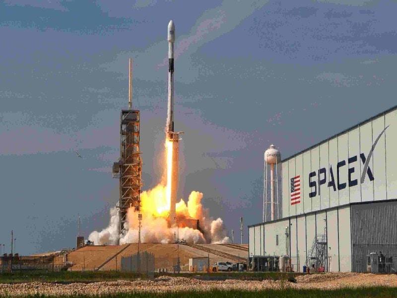 Оценка бизнес-модели SpaceX - как SpaceX зарабатывает деньги